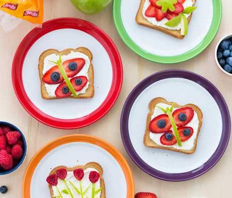 Cream cheese with fruit toppings on Toast